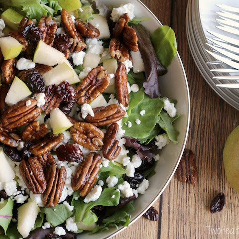 Salad with Goat Cheese, Pears, Candied Pecans and Maple-Balsamic Dressing