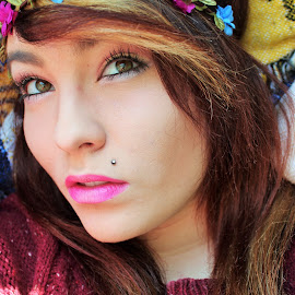 Flower power by Shannon Gillespie - People Fashion ( hipster, flower,  )