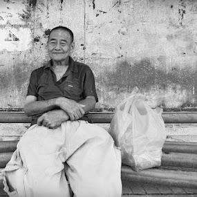 smile by Firdaus Hadzri - People Portraits of Men ( firdaus hadzri )