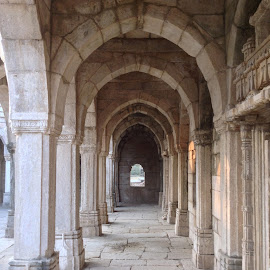 Columns and arches by Anjana Chakraborti - Buildings & Architecture Architectural Detail