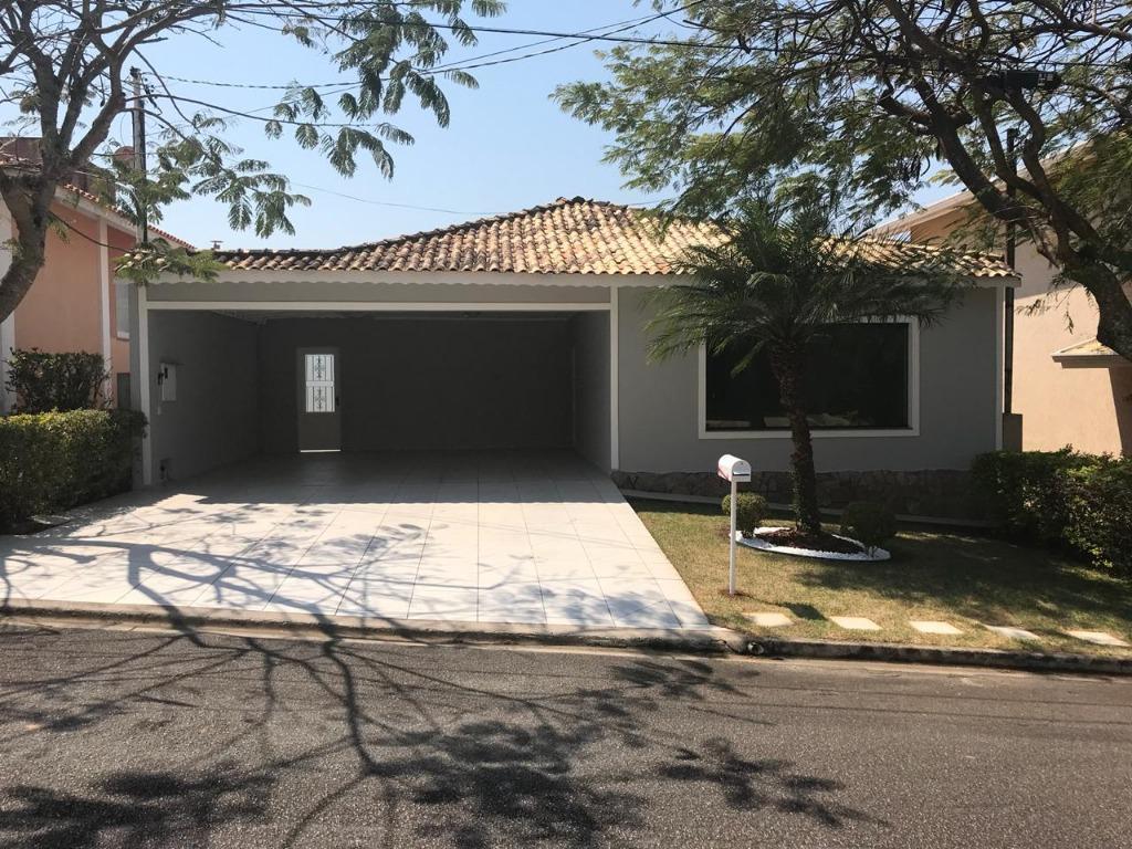 Casa com 4 dormitórios para alugar, 200 m² por R$ 3.600,00/mês - Residencial Euroville - Bragança Paulista/SP