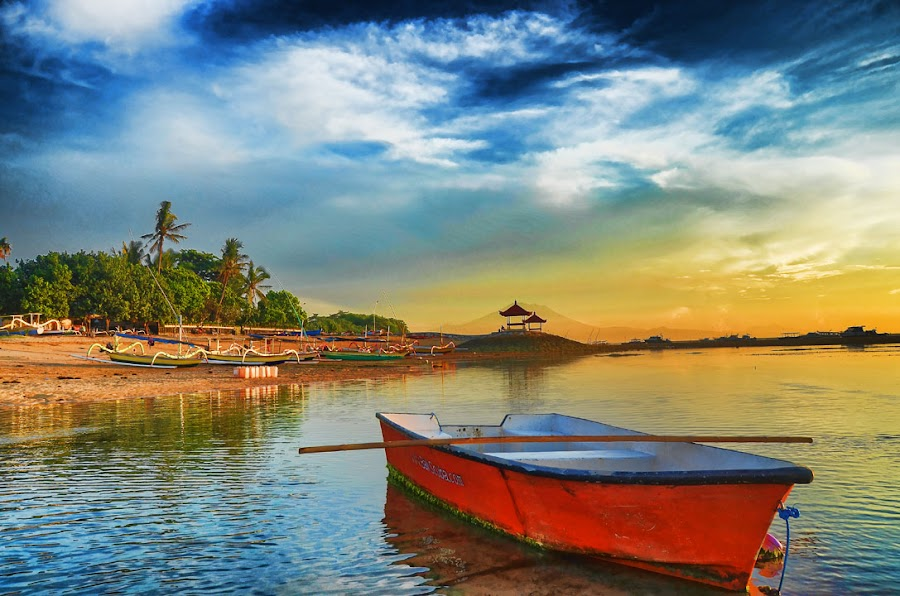 Waiting for the other boat by Gunk Satria - Landscapes Waterscapes
