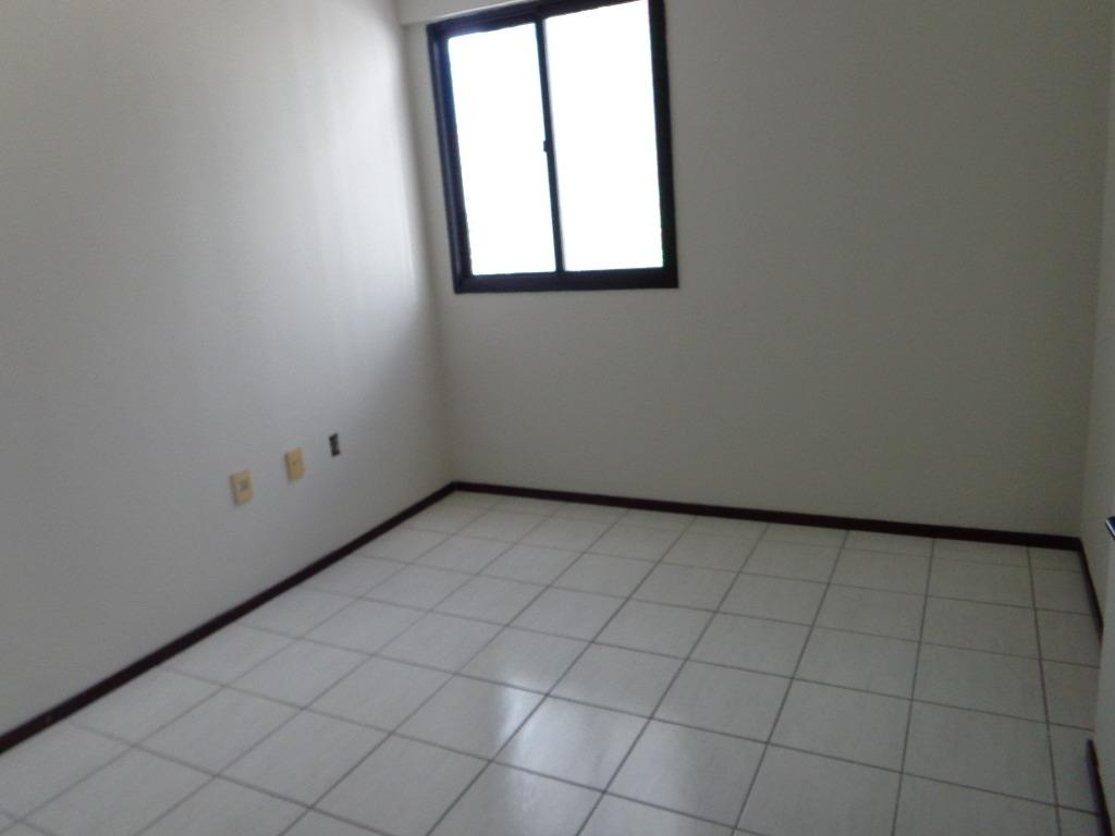 Apartamento residencial para locação, Manaíra, João Pessoa.
