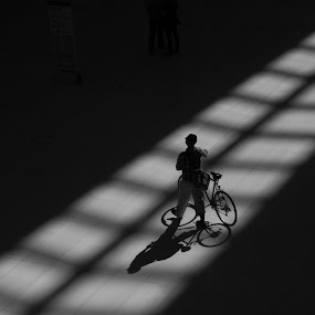 The Oculus by VAM Photography - Black & White Street & Candid ( b&w, oculus, shadow, architecture, street and candid )
