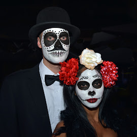 by Marco Bertamé - Public Holidays Halloween ( two, red, woman, face paint, white, lady, couple, dia de los muertes, black, man, halloween )