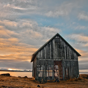 The shed by Stefán Margrétarson - Buildings & Architecture Architectural Detail ( shed, old, building, iceland, europe, wood, hdr, architecture )