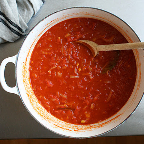 Saffron-Infused Tomato Sauce with Vermouth