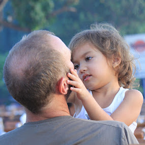 I Love my Daddy... by Rio Raseda - Babies & Children Children Candids