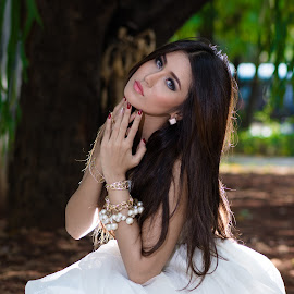 by Eko Probo D Warpani - Wedding Bride ( model, modeling, beauty, cute )