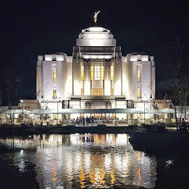 Meridian Idaho LDS Temple by Shane Lusk - Buildings & Architecture Places of Worship ( idaho, angel, water, temple, night, meridian, lds )