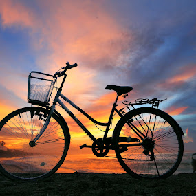 Sunset Bike by Alit  Apriyana - Instagram & Mobile Android