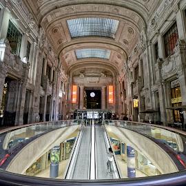 Milano Centrale by RAJ (Constantinescu) Kapoor (Adrian Radu) - Buildings & Architecture Public & Historical