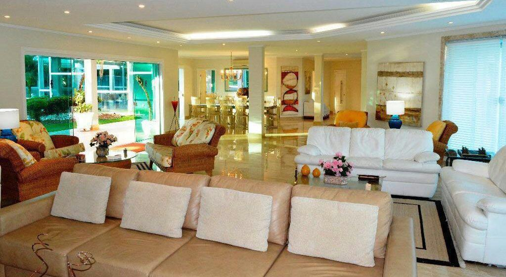 Casa com 6 dormitórios à venda, 1260 m² por R$ 5.700.000 - Acapulco - Guarujá/SP
