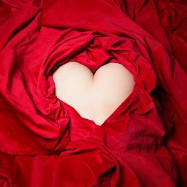 Happy Valentine by Carl0s Dennis - Nudes & Boudoir Artistic Nude ( studio, red, nude )