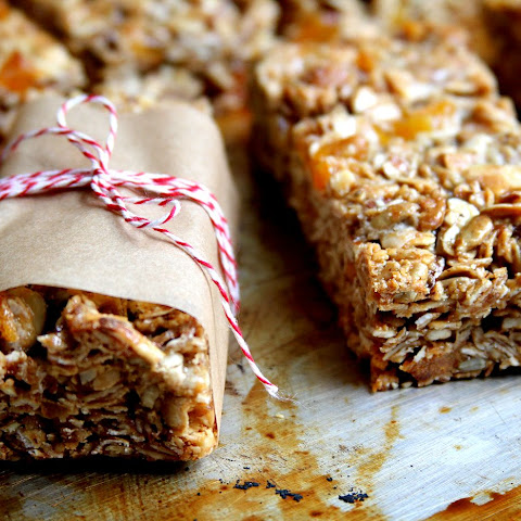 Apricot Almond White Chocolate Chip Granola Bars