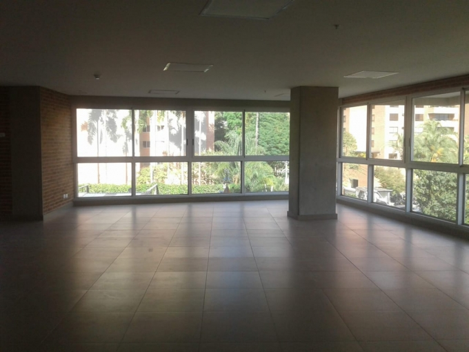 oficinas en arriendo castropol 594-21577