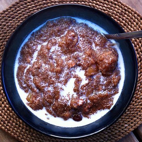 Slow-Cooker Amaranth Apple Breakfast Pudding