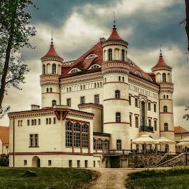 ... by Tomasz Marciniak - Buildings & Architecture Public & Historical