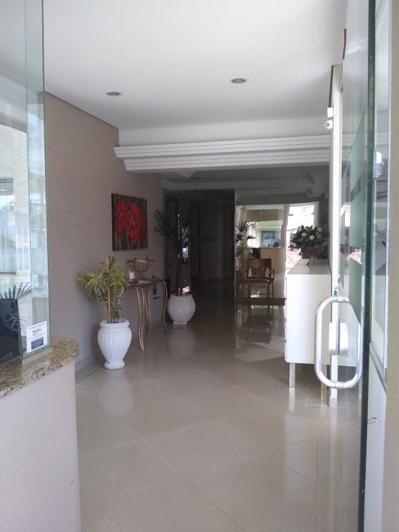 Apartamento com 3 dormitórios para alugar, 81 m² por R$ 1.000/mês - Centro - Londrina/PR