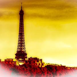 Sunset & Eifel tower  by Nelida Dot - Buildings & Architecture Statues & Monuments ( paris, eiffel tower, sunset, artistic, architecture, light )