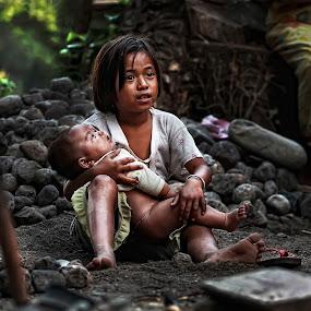 Menjaga Adik by Adhii Motorku - Babies & Children Children Candids