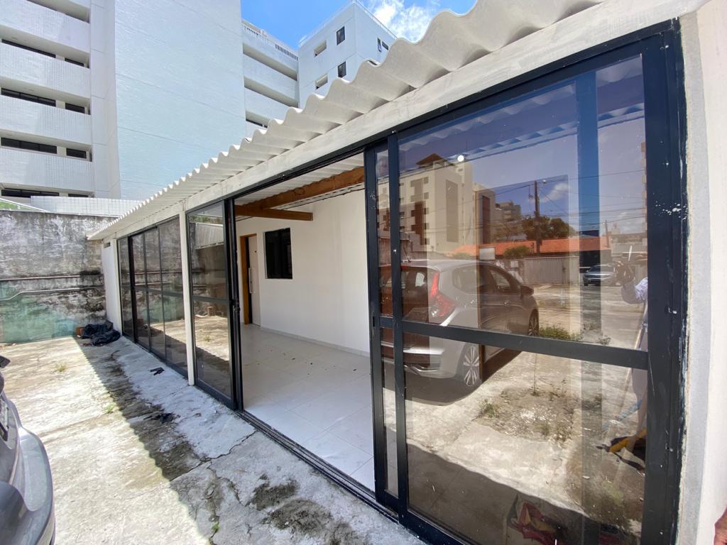 Terreno para alugar, 250 m² por R$ 5.000/mês - Cabo Branco - João Pessoa/PB