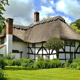 Sutton Cottage by Cliff Oakley - Buildings & Architecture Homes ( countryside, home, old, building, ancient, black and white, architecture, house, medieval, rural )