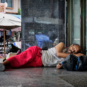 No Home to Sleep by Charliemagne Unggay - News & Events World Events (  )