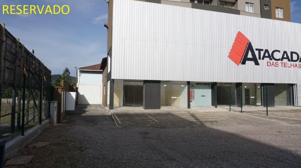Sala comercial para alugar  no Santo Antônio - Joinville, SC. Imóveis
