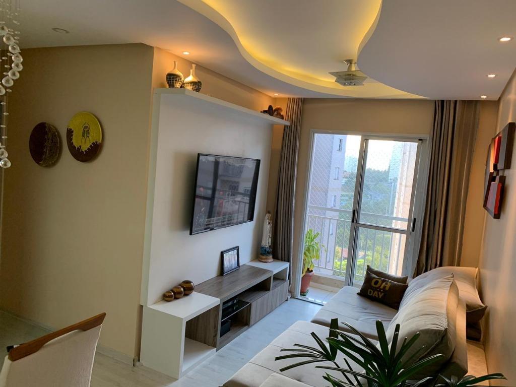 Apartamento com 2 dormitórios para alugar, 60 m² por R$ 1.500/mês - Jardim Tupanci - Barueri/SP