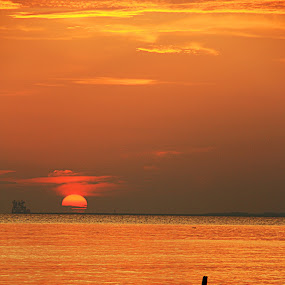 200806151918 Surset by Steven De Siow - Landscapes Sunsets & Sunrises ( water, port dickson, sunset, malaysia, seascape,  )