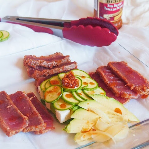Seared Tuna with cubic avocado salad