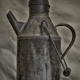 Metal Oil Can by Marco Bertamé - Artistic Objects Other Objects ( can, metal, vintage, oil )