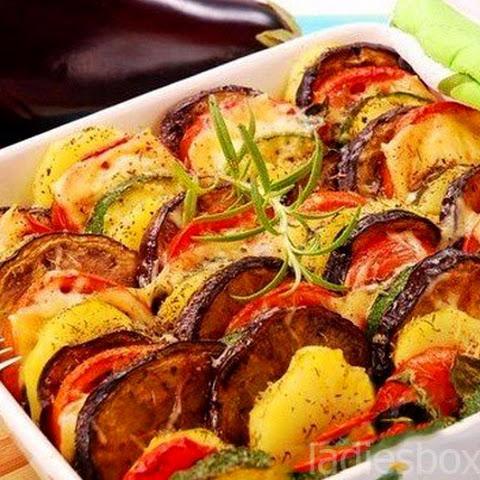 A Simple And Delicious Vegetable Casserole