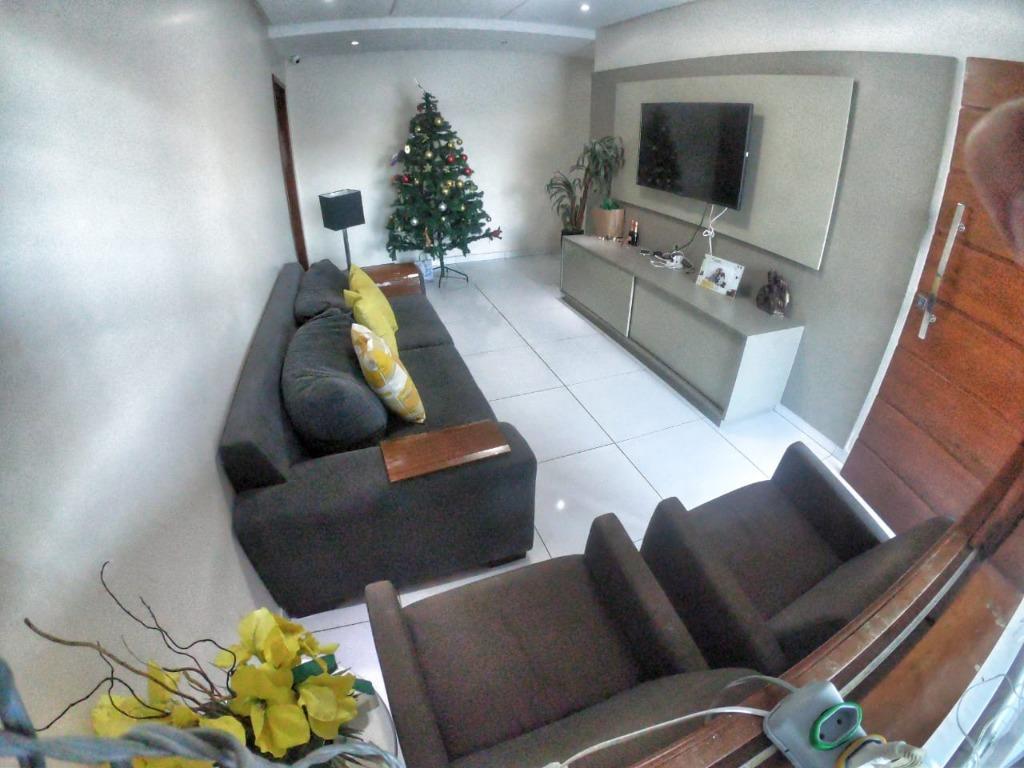 Casa com 3 dormitórios à venda, 194 m² por R$ 525.000 - Bancários - João Pessoa/PB