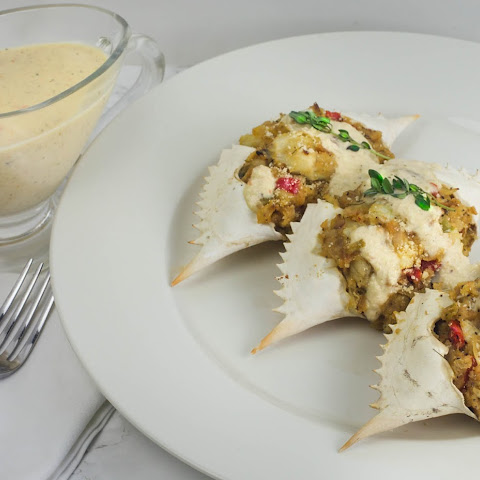 Stuffed Crabs with Absinthe Cream