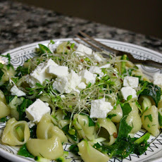 Pasta With Spinach, Feta, And Dill