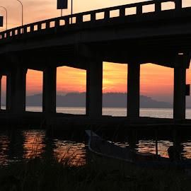 Sunrise by Paramasivam Tharumalingam - Landscapes Sunsets & Sunrises ( water, clouds, waterscape, color, buildings, silhouettes, sunrise, architecture, landscape )