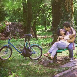 You and me  by Dana  Cristea - People Couples ( love, new, park, nature, romania, couple, timisoara, light, couples )