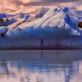 Snow and ice scenic landscape by Stanley P. - Landscapes Waterscapes ( ice, snow, waterscapes, landscapes )