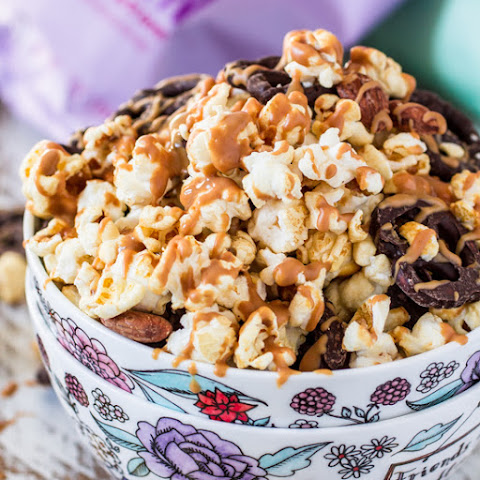 Popcorn Party Mix