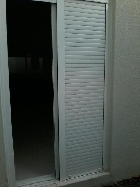 Kitnet de 1 dormitório em Menino Deus, Porto Alegre - RS