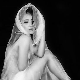 by Dede Susantio - Nudes & Boudoir Boudoir