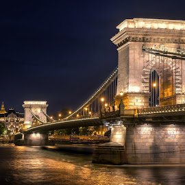 Chain Bridge by Nick Moulds - Buildings & Architecture Bridges & Suspended Structures ( hungary, budapest, chain bridge, night, river )