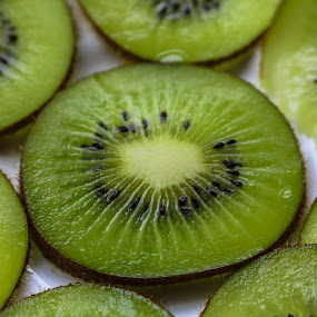 Nutrislice by Meeta Thakur - Food & Drink Fruits & Vegetables ( fruit, kiwi, slice, photography, closeup )