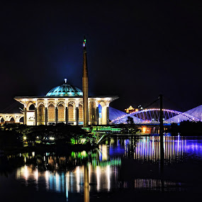 Putrajaya by Nunsyinrayakaf Ainzalmimya - Buildings & Architecture Bridges & Suspended Structures