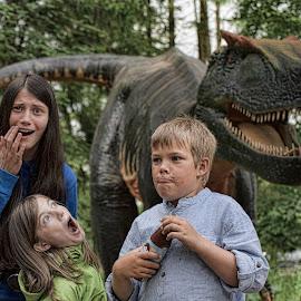 oh ohh! by Froddy Baun - Babies & Children Children Candids ( scary, givskud zoo, danmark, dinosaur, jylland, kids, KidsOfSummer,  )