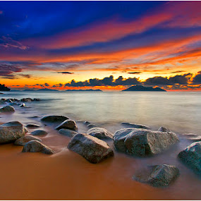 When the sun goes down to the lovely place by Andre Adhie - Landscapes Waterscapes