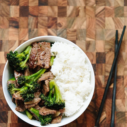 How To Make Stir-Fried Beef and Broccoli