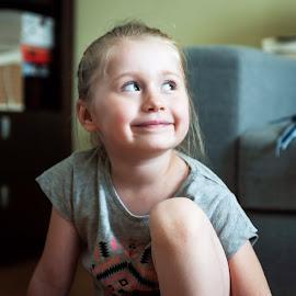 Mary by Paweł Mielko - Babies & Children Child Portraits ( children portraits, childhood, portraits, mary, marysia.., girl, portrait, child photography, child portrait, children, childrens, children candids, child, kids )
